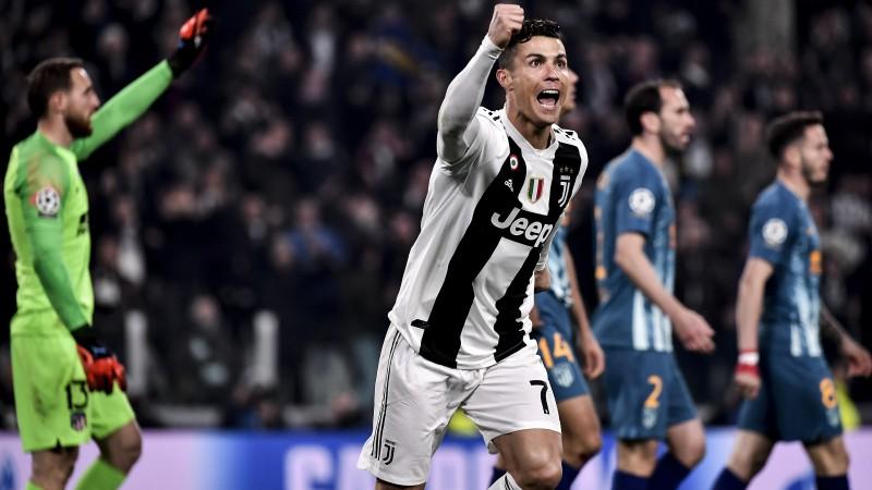"""Brīnumainā Ronaldu hat-trick ļauj """"Juventus"""" nokaut atlētus"""