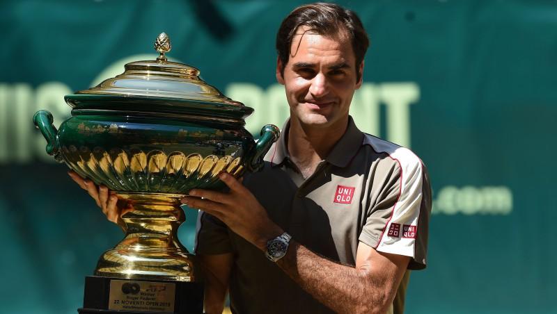 Federers 10. reizi triumfē Hallē, Lopesam ar Mareju dubultuzvara Londonā