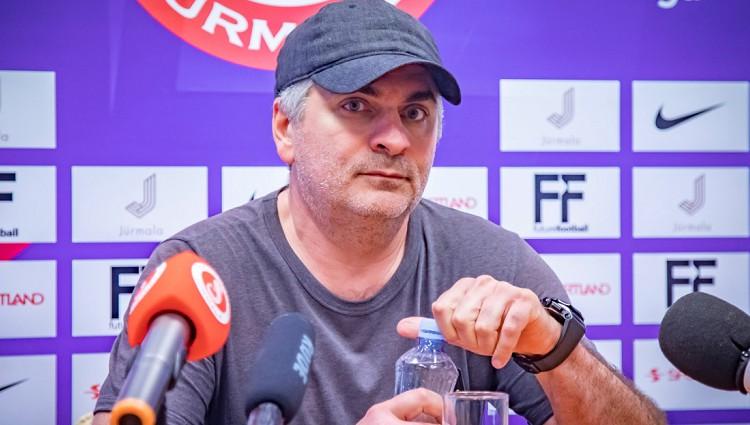 Adlans debitē kā treneris un apšauba Slavišas neatkarību, 75 000 eiro par Tamirlanu