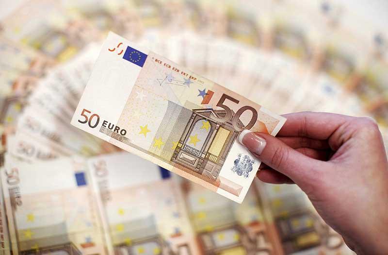 Kad aizņemties naudu un kad labāk to krāt? :: skepticisms.lv
