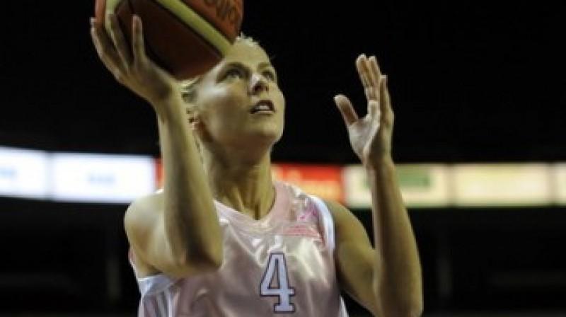 """Elīna Babkina Foto: Romāns Kokšarovs, """"Sporta Avīze"""", f64"""
