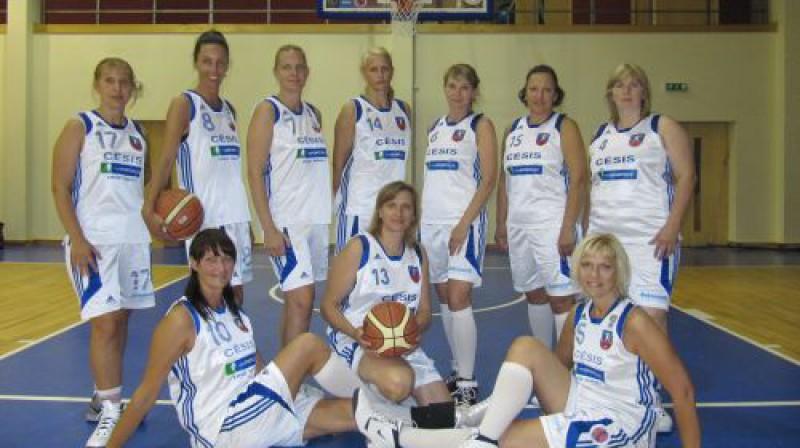 Latvijas sieviešu izlase vecumu grupā 40+ Foto: No personīgā arhīva