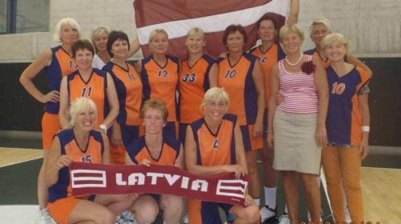 Pagājušajā gadā Latvijas sieviešu izlase vecumu grupā 50+ EČ ierindojās ceturtajā vietā. Foto: No personīgā arhīva