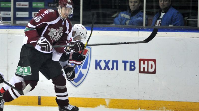 """Linuss Videls - pērnās sezonas """"Dinamo"""" atslēgas spēlētājs. Foto: Romāns Kokšarovs, F64"""