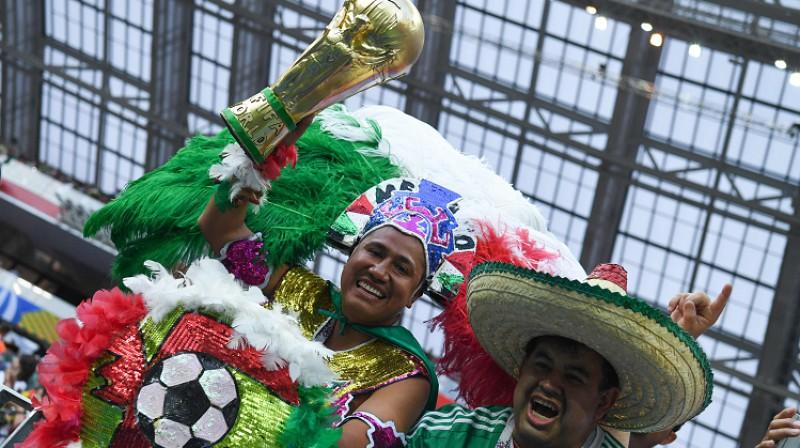 Meksikas līdzjutēji spēlē pret Vāciju. Foto: AFP/Scanpix