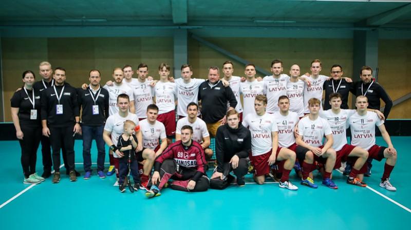 Latvijas vīriešu valstsvienība Foto: IFF Floorball