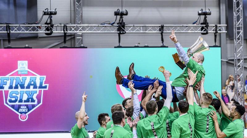 """Roberts Štelmahers: divkārtējs Latvijas un Igaunijas līgas čempions. Foto: """"Pafbet"""" līga"""