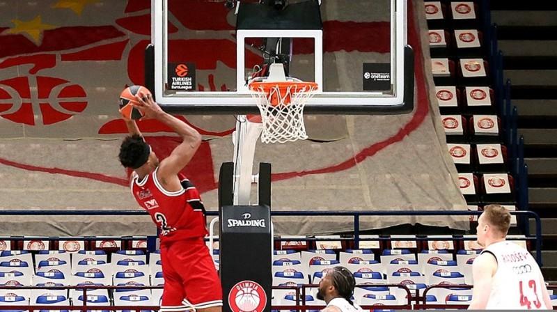 Zeka Ledeja uzvaras metiena brīdis. Foto: Euroleague