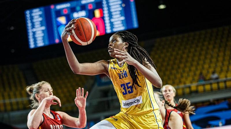 Džonkvela Džonsa un Bosnija: 2-0 Eiropas čempionāta startā. Foto: FIBA