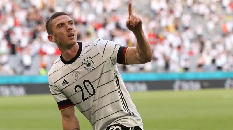 Vācijas izlases futbolists Robins Gozenss svin vārtu guvumu. Foto: Reuters/Scanpix