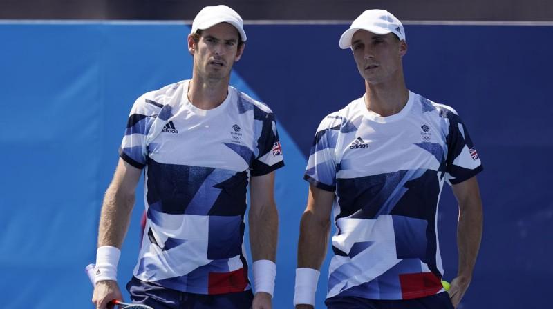 Endijs Marejs un Džo Solsberijs. Foto: AP/Scanpix