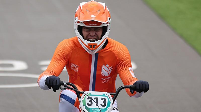 Olimpisko zeltu izcīnīja treniņos kritušais Niks Kimmans. Foto: Reuters/Scanpix