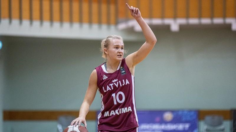 Elizabete Bulāne spēlē pret Portugāli. Foto: FIBA