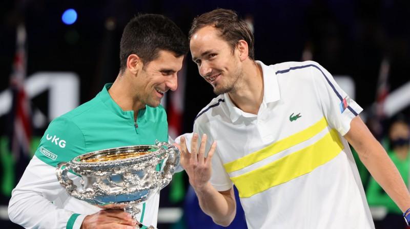 """Novaks Džokovičs šogad Daniilu Medvedevu uzvarēja """"Australian Open"""" finālā. Foto: Zuma Press/Scanpix"""