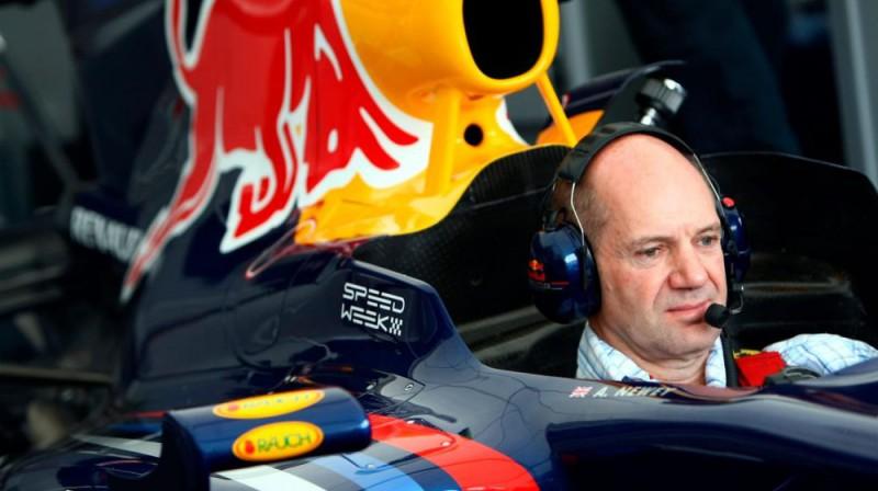 Adrians Ņūvijs. Foto: Red Bull Racing